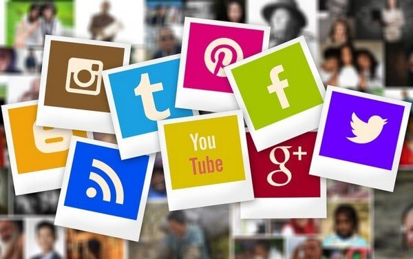 Social sharing is one of the largest traffic-driving factors for any existing online blog.