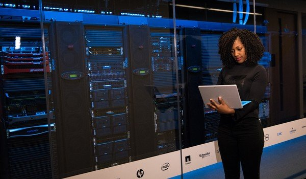 The choice of web hosting is very important in the performance of a site.