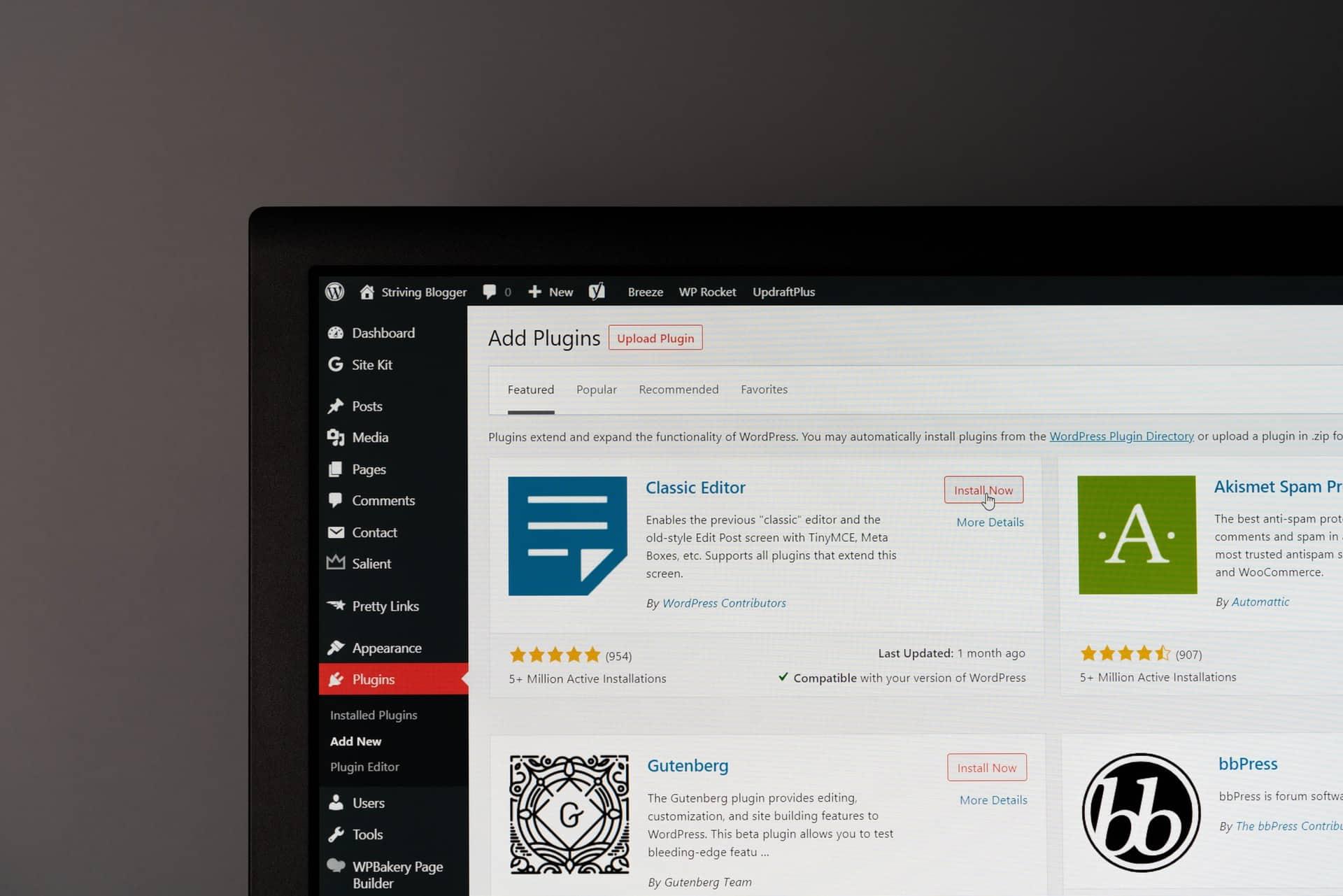 Add plugins tab on WordPress